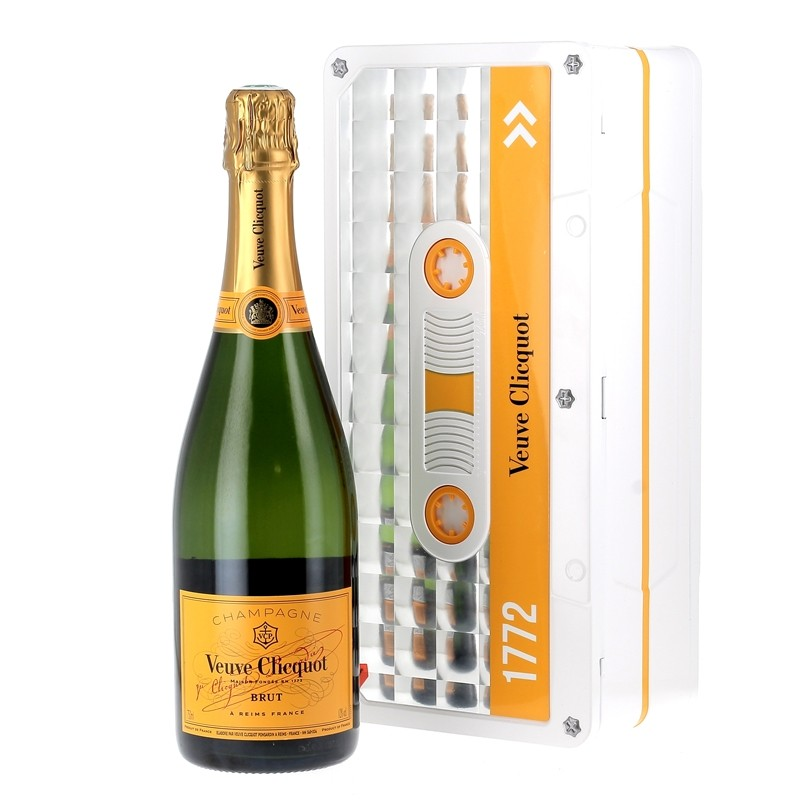 copy of Champagne Veuve...